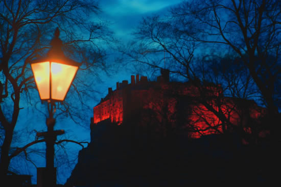 Lamp and Edinburgh Castle